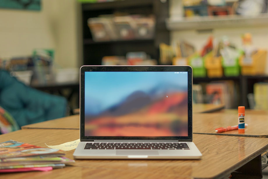 virtual market on a laptop